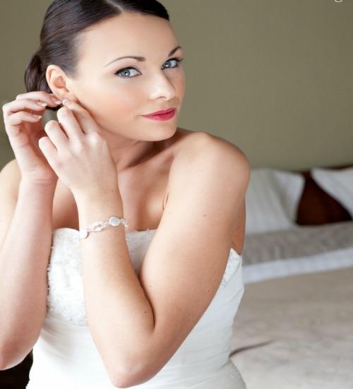 Sophia pearl bridal bracelet, pearl bridal bracelet, crystal bridal bracelet, pearl and crystal bridal bracelet, pearl bridal jewellery, pearl and crystal bridal bracelet, bridal accessories