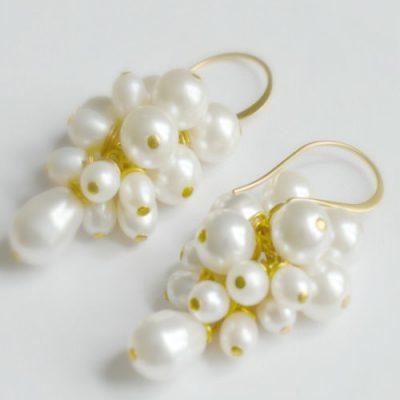 pearl cluster earrings, pearl earrings, bridal earrings, pearl bridal earrings, earrings, pearls