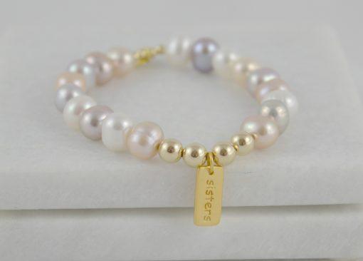 'Sisters' bracelet