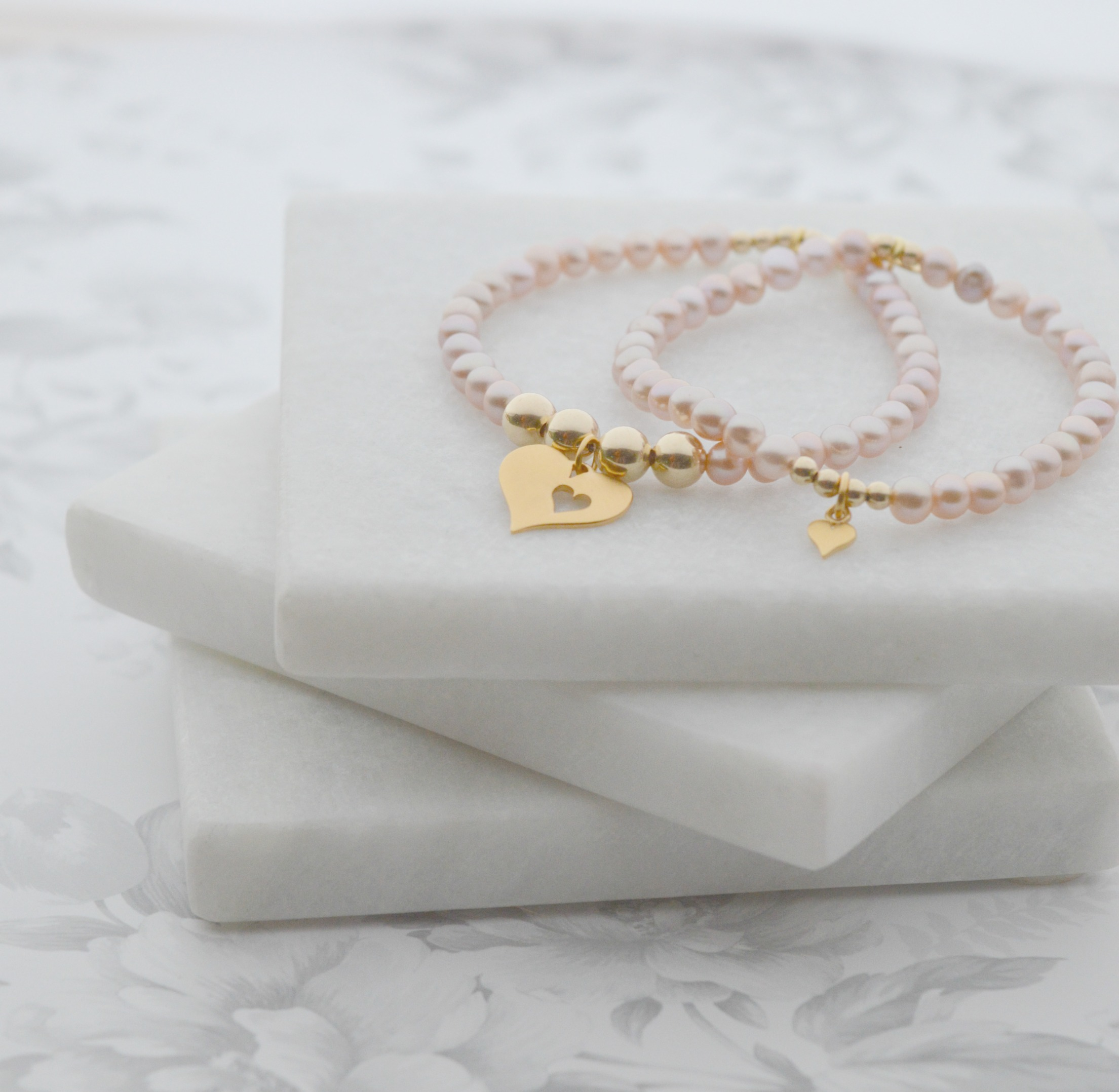 6cba2c6d508 Mother and Daughter Pearl Bracelet Set